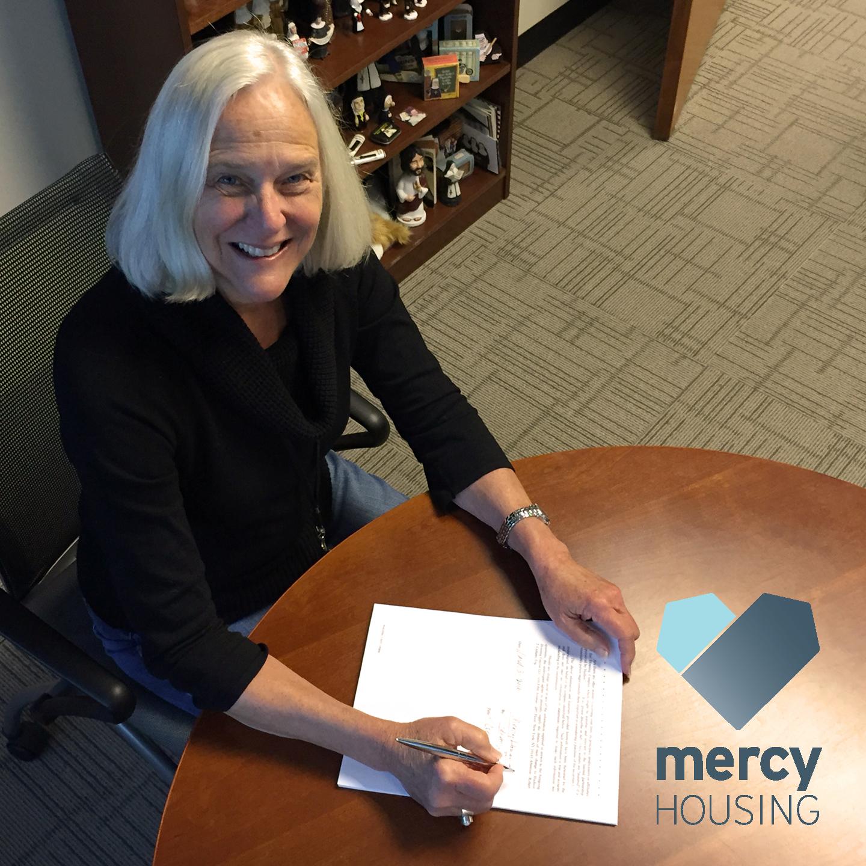 Jane_Signing_FMI