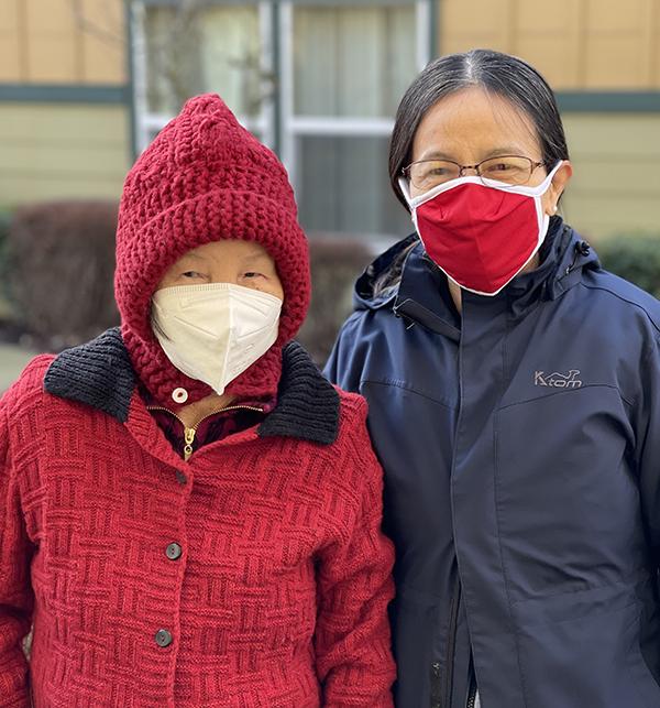 Hillside Gardens Residents on Go Red Day
